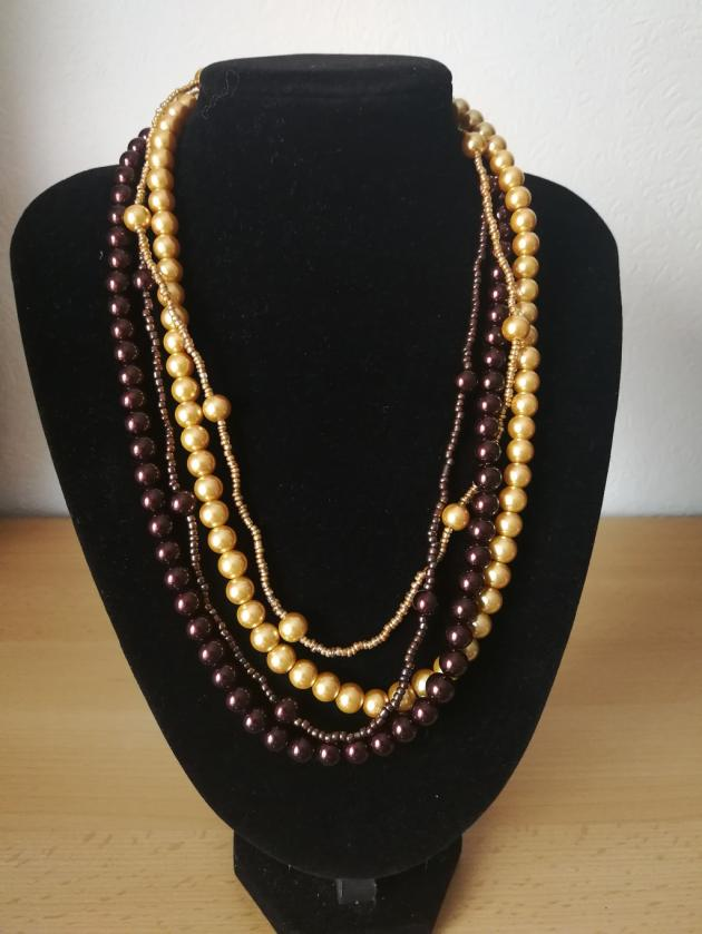 4-reihige Perlen Kette